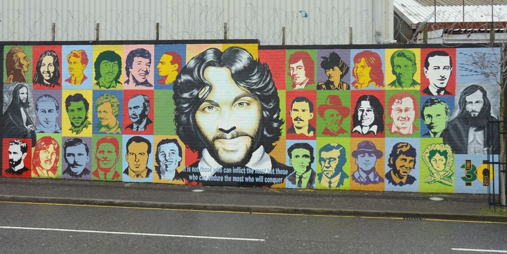 Mural on the International Wall Belfast