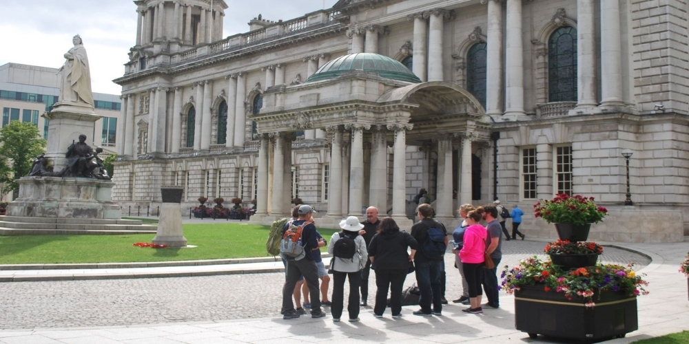 Tour group in front of Belfast City Hall