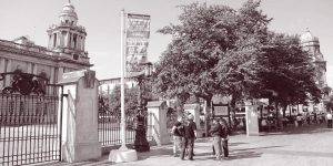 The tour group at Belfast City Hall gates